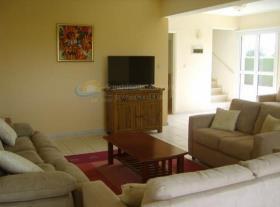 Image No.4-Maison de ville de 3 chambres à vendre à Chlorakas