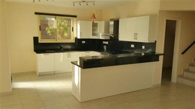 24470-detached-villa-for-sale-in-sea-caves_full