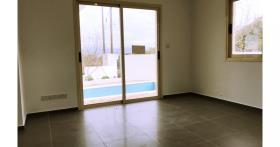 Image No.7-Maison / Villa de 3 chambres à vendre à Stroumpi