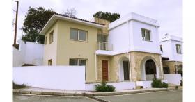 Image No.10-Maison / Villa de 3 chambres à vendre à Stroumpi