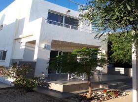 Image No.2-Maison de 2 chambres à vendre à Pervolia