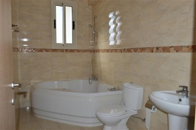 25110-detached-villa-for-sale-in-sea-caves_full
