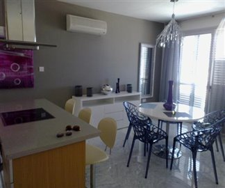 109426-apartment-for-sale-in-ayios-tychonas_full