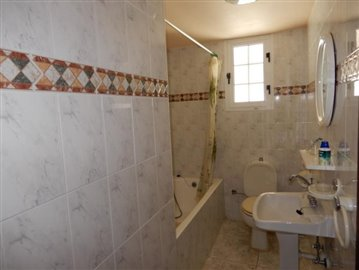 25521-detached-villa-for-sale-in-coral-bay_full