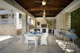 Image No.25-5 Bed Villa / Detached for sale