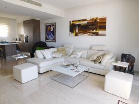 Image No.1-Appartement de 3 chambres à vendre à Limassol Marina