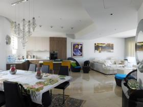 Image No.4-Appartement de 3 chambres à vendre à Limassol Marina