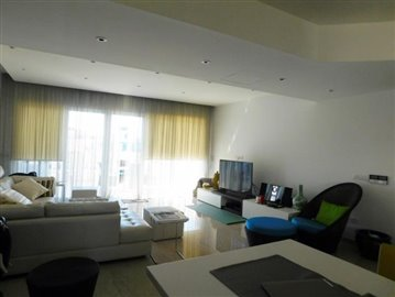 76588-apartment-for-sale-in-limassol-marina_full