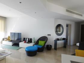 Image No.3-Appartement de 3 chambres à vendre à Limassol Marina