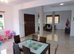 Image No.3-Maison / Villa de 4 chambres à vendre à Pyrgos