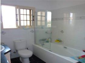 Image No.5-Maison / Villa de 4 chambres à vendre à Pyrgos