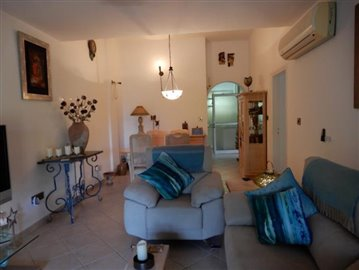 26710-bungalow-for-sale-in-peyia_full