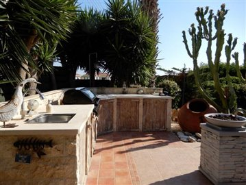 26734-bungalow-for-sale-in-peyia_full