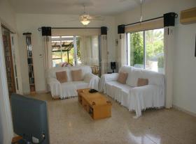 Image No.3-Villa / Détaché de 3 chambres à vendre à Empa