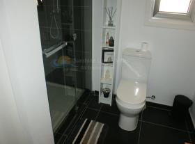 Image No.9-Villa / Détaché de 3 chambres à vendre à Empa