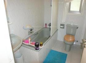 Image No.13-Villa / Détaché de 3 chambres à vendre à Empa