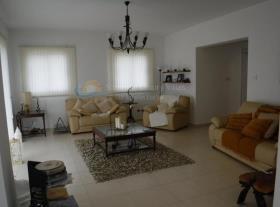 Image No.4-Maison de 4 chambres à vendre à Marathounda