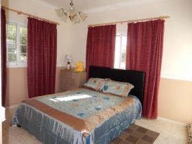 Image No.11-Bungalow de 3 chambres à vendre à Timi