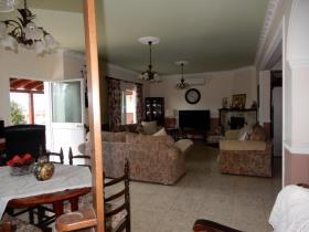 Image No.6-Bungalow de 3 chambres à vendre à Timi