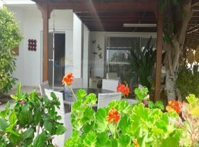 Image No.1-Maison de 3 chambres à vendre à Oroklini