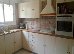 Image No.5-Maison de 3 chambres à vendre à Oroklini