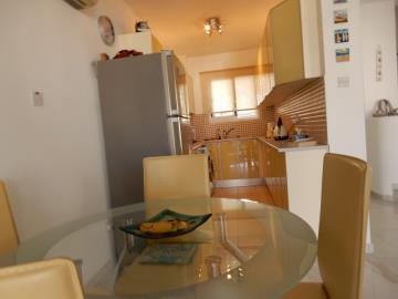 28834-town-house-for-sale-in-chlorakas_full