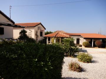 29850-bungalow-for-sale-in-sea-caves_full