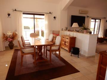 29854-bungalow-for-sale-in-sea-caves_full