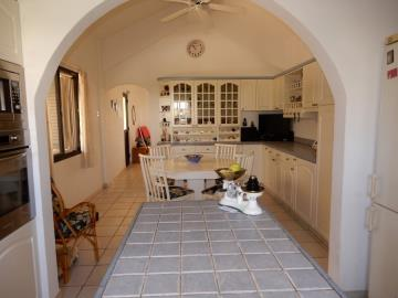 29862-bungalow-for-sale-in-sea-caves_full