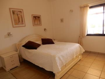 29863-bungalow-for-sale-in-sea-caves_full