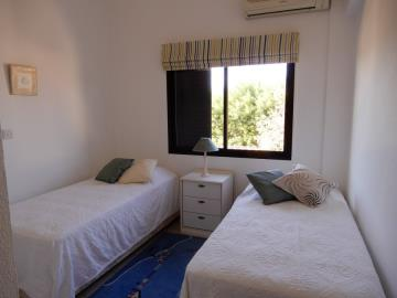 29868-bungalow-for-sale-in-sea-caves_full