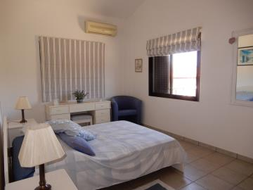 29869-bungalow-for-sale-in-sea-caves_full