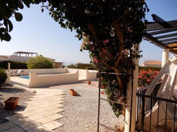 29873-bungalow-for-sale-in-sea-caves_full