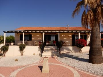29880-bungalow-for-sale-in-sea-caves_full