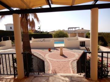 29883-bungalow-for-sale-in-sea-caves_full