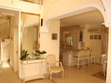 20252-an-elegant-three-bedroom-villa-is-for-sale-in-coral-bay_full