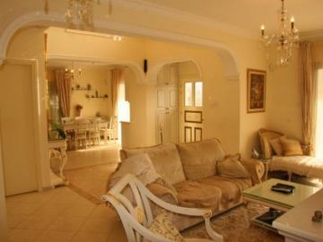 20258-an-elegant-three-bedroom-villa-is-for-sale-in-coral-bay_full