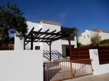 19293-a-contemporary-three-bedroom-villa-in-coral-bay-is-for-sale_full