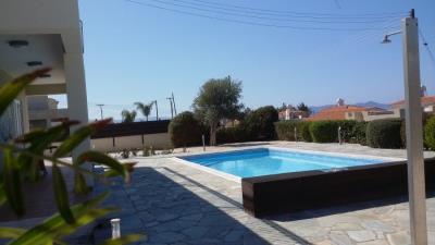 14688-comfortable-three-bedroom-villa-for-sale-in-argaka_full
