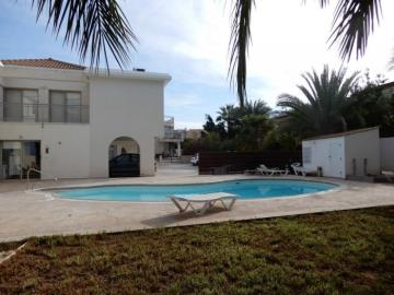 22153-a-contemporary-two-bedroom-town-house-is-for-sale-in-kato-paphos_full