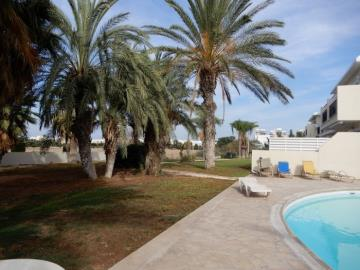 22155-a-contemporary-two-bedroom-town-house-is-for-sale-in-kato-paphos_full