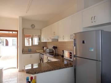 22158-a-contemporary-two-bedroom-town-house-is-for-sale-in-kato-paphos_full