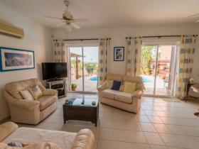 Image No.5-Villa de 2 chambres à vendre à Tremithousa