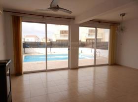 Image No.2-Villa / Détaché de 4 chambres à vendre à Paphos