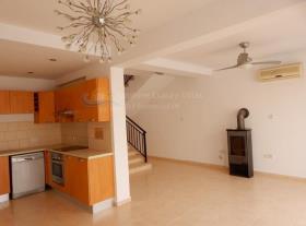 Image No.5-Villa / Détaché de 4 chambres à vendre à Paphos