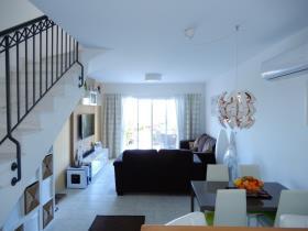 Image No.14-Maison de ville de 2 chambres à vendre à Peyia