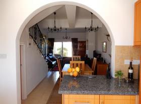 Image No.9-Maison de ville de 2 chambres à vendre à Peyia