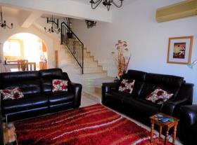 Image No.12-Maison de ville de 2 chambres à vendre à Peyia
