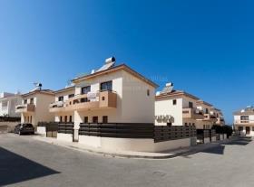 Image No.2-Maison / Villa de 2 chambres à vendre à Protaras