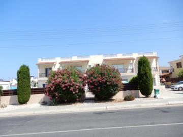 32600-apartment-for-sale-in-kato-pafos-universal-area_full